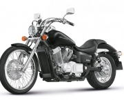 Shadow 750 com Visual Renovado (2)
