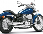 Shadow 750 com Visual Renovado (16)