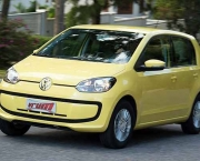 Volkswagen Up (1)
