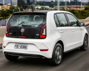 Volkswagen Up (3)