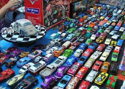 Coleção de Carrinhos da Hot Wheels em Miniatura